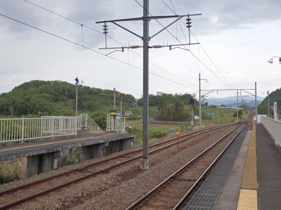 駅線路JPG.JPG